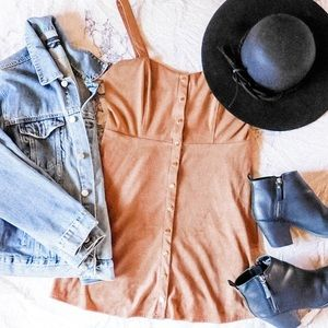 NWOT Tan suede button up Forever 21 dress